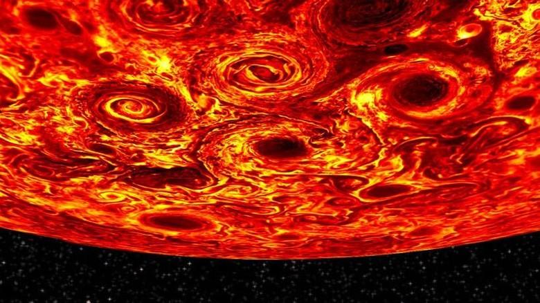 Foto Planet Jupiter Diwarnai Badai Berdiameter Ribuan KM