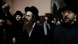 Waduh! Yahudi Ultra-Ortodoks Bentrok dengan Polisi Israel