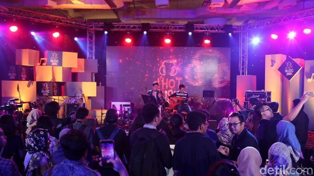 Ucapan Selamat dari Jokowi hingga dHot Music Day Live Streaming 13 Jam