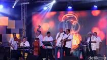 Budi Karya dan Olala Band Ngejam Seru di dHOT Music Day 2018