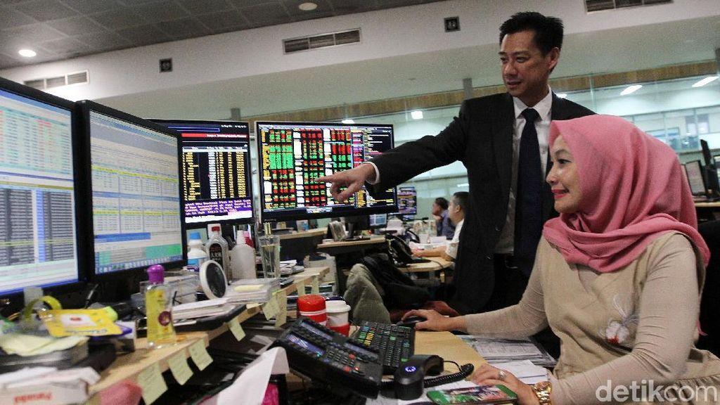 Terseret Pelemahan 9 Sektor Saham, IHSG Turun ke 6.451 di Jeda Siang