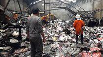 Pabrik Kertas di Tambaksari Terbakar, Kerugian Diperkirakan Rp 1 M