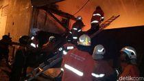 Pabrik Kertas di Tambaksari Terbakar, 15 Mobil PMK Diterjunkan