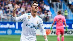 Ronaldo Dua Gol, Madrid Tumbangkan Eibar
