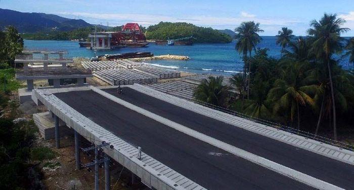 Jembatan Pendekat Holtekamp ini memiliki panjang 332 meter. Pool/PT Pembangunan Perumahan (PTPP).