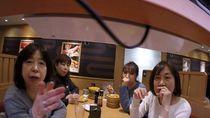 Iseng Taruh GoPro di Conveyor Belt, YouTuber Ini Dituntut Resto Sushi