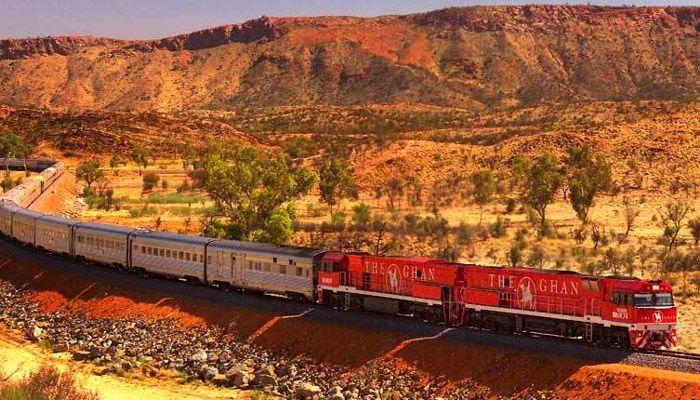 The Ghan di Australia, adalah kereta penumpang. Terdiri dari 16 sampai 26 gerbong. Namun pernah membawa total 99 gerbong yang total panjangnya mencapai sekitar 1.200 meter. Istimewa/Ten Insider.