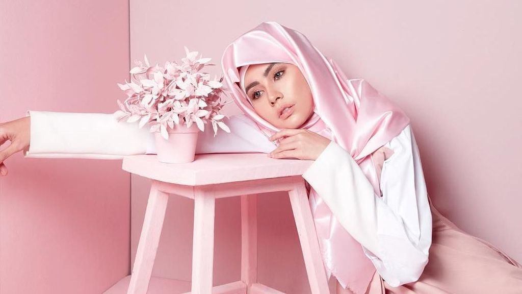 Cerita Hijrah Kartika Putri yang Bikin Hati Adem