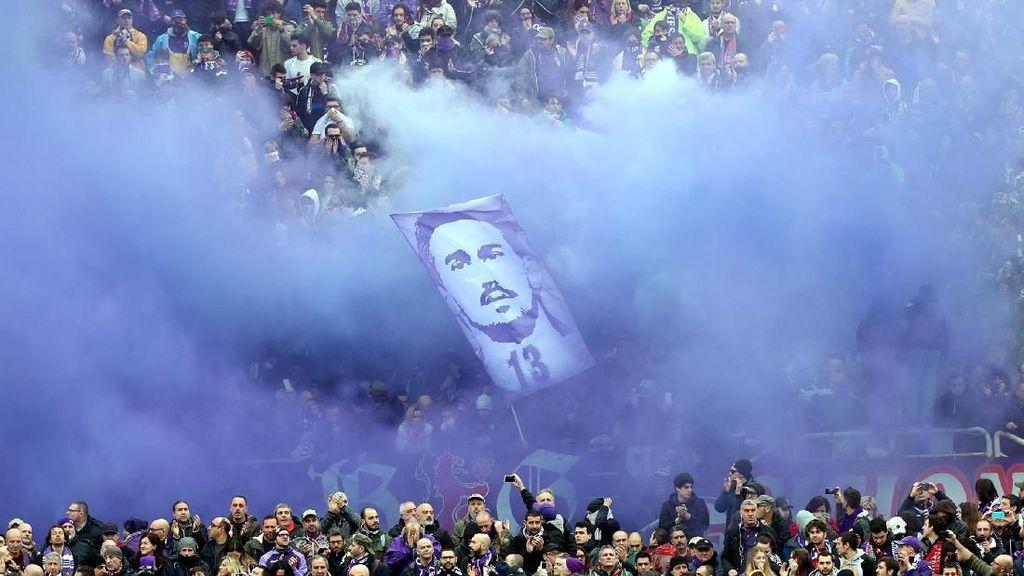 Foto: Laga Emosional Fiorentina Usai Kepergian Astori