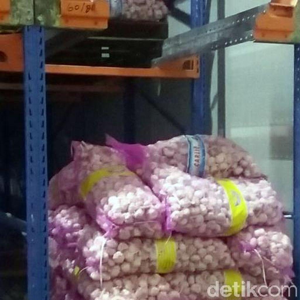 DPR Minta Pemerintah Tekan Impor Bawang Putih