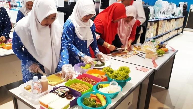 Foto: Kemeriahan Acara Lomba Menghias Bekal Sehat di Sidoarjo (Dok. Transmart Carrefour)