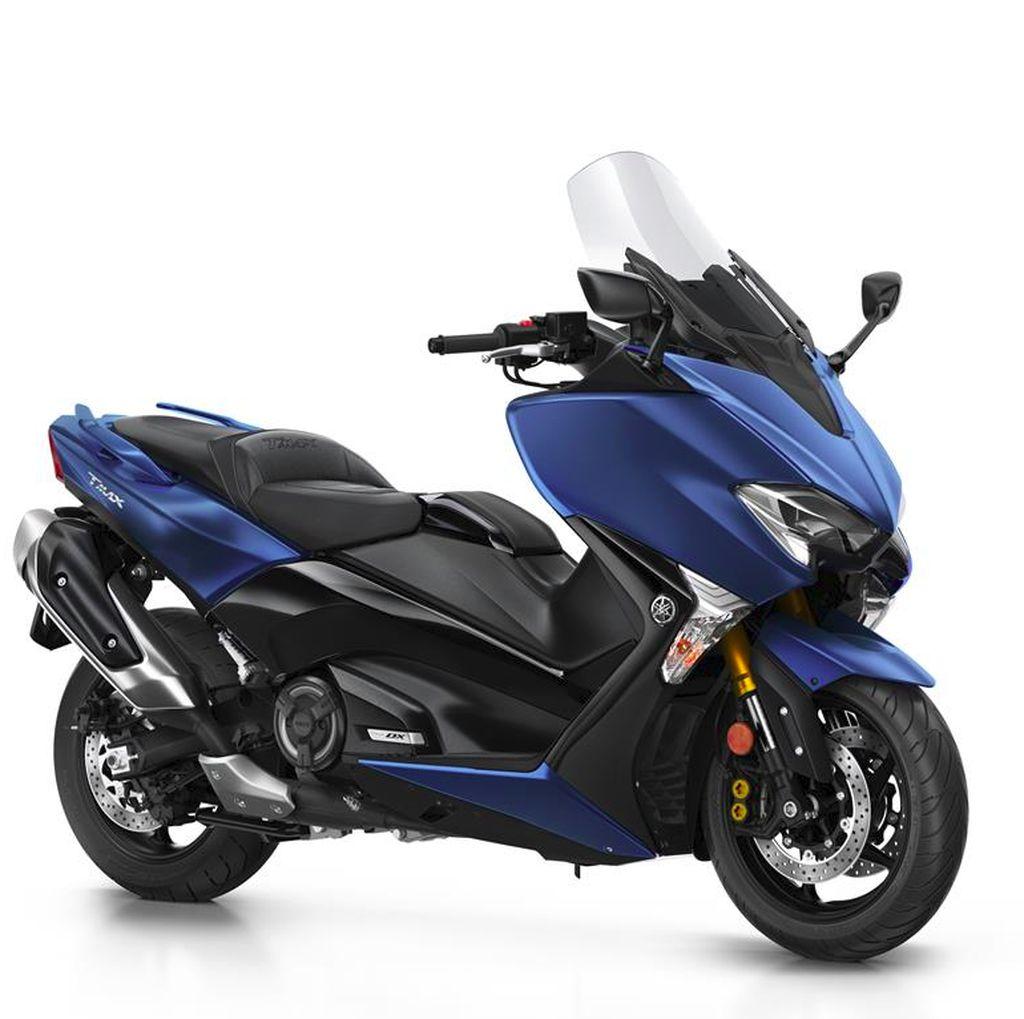Yamaha Siapkan 210 Unit TMAX DX, Mau?