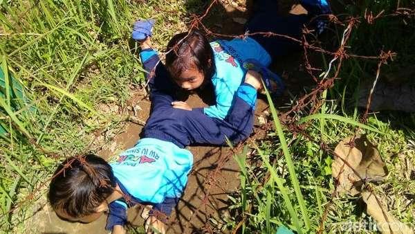Melihat Cerianya Anak-anak Outbond Sebelum Tank Tenggelam di Purworejo