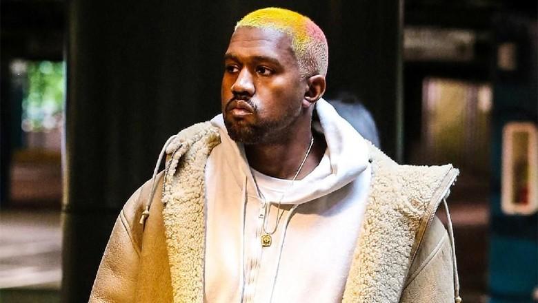 Kanye West Garap Album Baru Bareng Travis Scott
