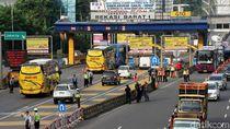 Wajah Bingung dan Rentetan Keluhan di Tol Bekasi Barat