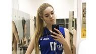 Alisa Manyonok, Atlet Voli Cantik dan Seksi Mirip Barbie