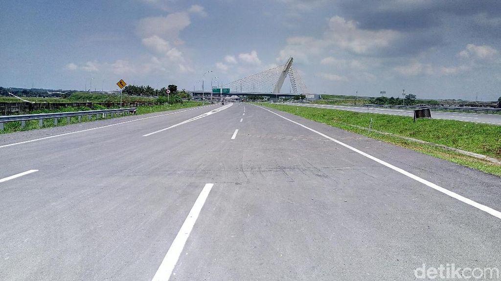 Banyak Proyek Jalan Tol Jokowi Molor, Kapan Bisa Diresmikan?