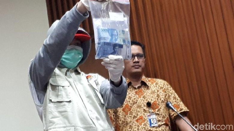 Suap Rp 30 Juta Hakim PN Tangerang Berasal dari Pengacara