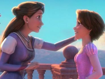 Momen mengharukan ketika Rapunzel bertemu ibu kandungnya. (Foto: Instagram/andrewsgrotto)
