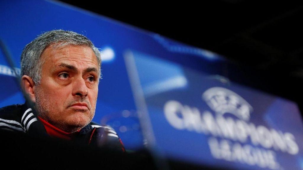 Panjang Lebar Pembelaan Diri Mourinho