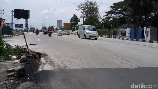Molor, Jalan Tol Solo-Ngawi Rampung April 2018