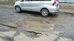 Sedih, Jalan Kelapa Gading Rusak Karena Proyek 6 Ruas Tol Dalam Kota
