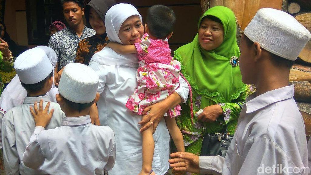 Khofifah Soroti Susahnya Anak Ponpes Millinium Dapat Akte Lahir