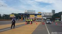Begini Cara Petugas Awasi Kendaraan Ganjil Genap di Tol Bekasi