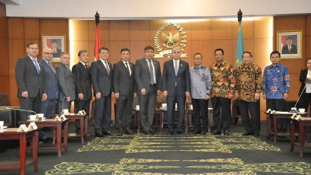 Bertemu Parlemen Kazakhstan, Ketua MPR Bicara Soal Budaya & Ekonomi