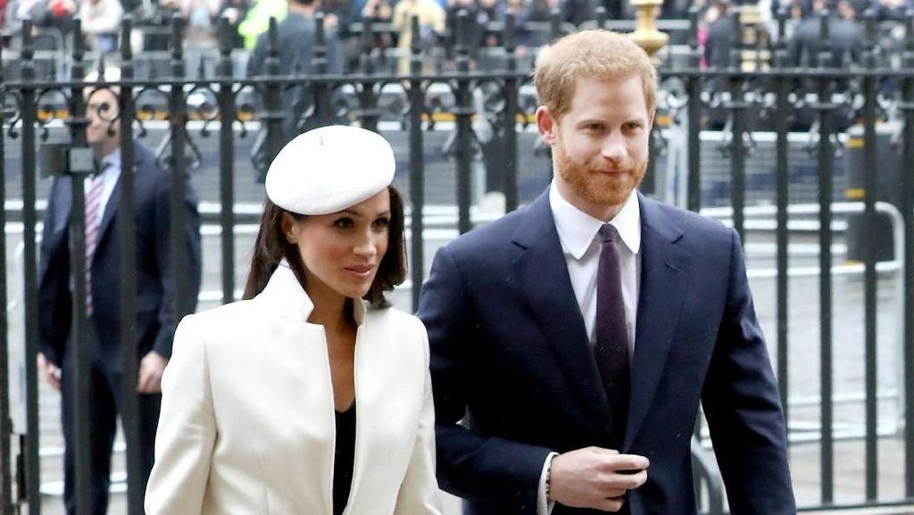 Ini Undangan Pernikahan Meghan Markle dan Pangeran Harry
