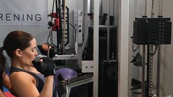 Ingat dengan salah satu personal M2M bernama Marion Raven? Sosoknya yang dulu feminin, kini berubah menjadi wanita dewasa yang tangguh dan rajin olahraga.