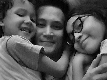 Menurut Marcelino, menjadi ayah dan mempunyai anak adalah pekerjaan dan tanggung jawab yang besar. (Foto: Instagram @marcelinolefrandt)