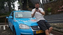 Wiebe Wakker, Bule Belanda Bermobil Listrik Singgah di Banyuwangi