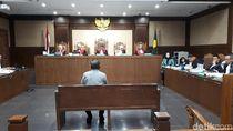 Saksi Sebut Bupati Rita Dapat Kantong Merah Usai Teken Izin