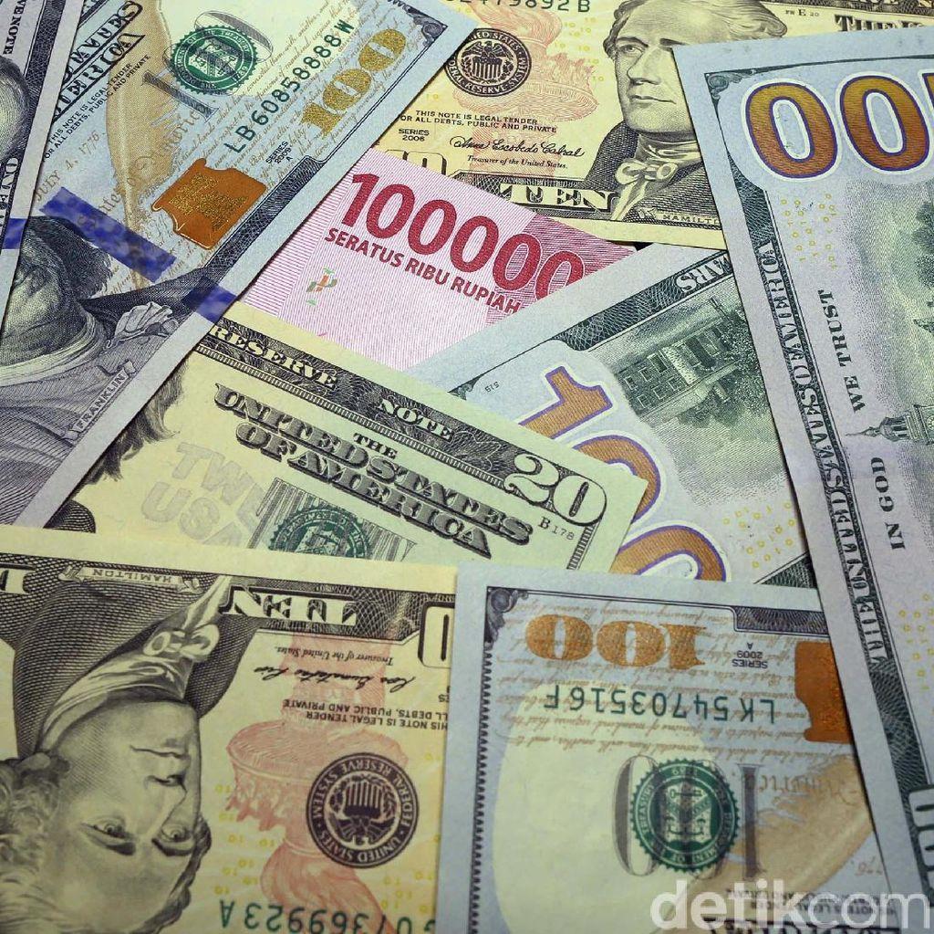 Dolar Nyaris Rp 13.900, Kapan Pelemahan Rupiah Terparah