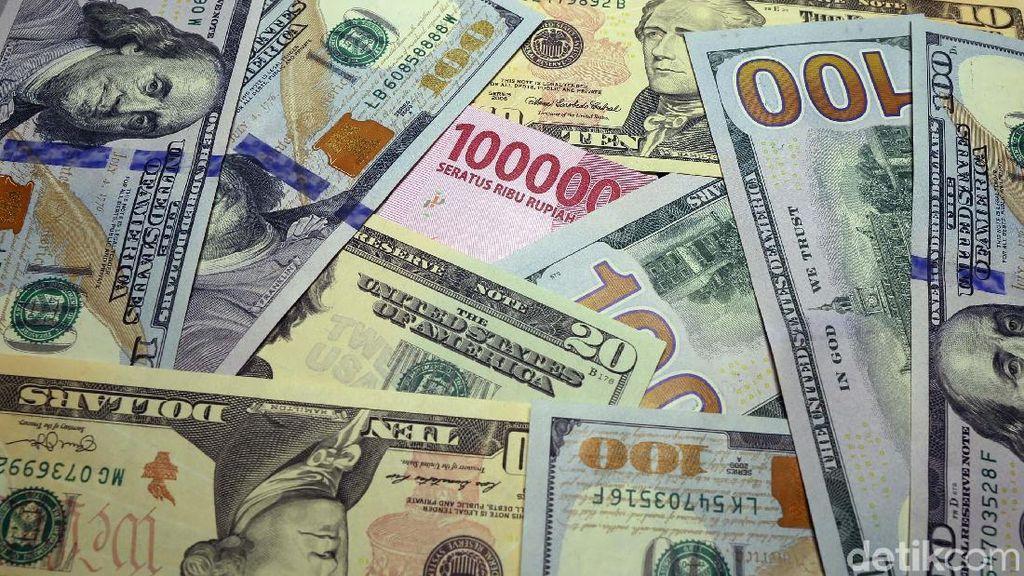 Ekonom: Pelemahan Rupiah yang Terbesar Hari Ini