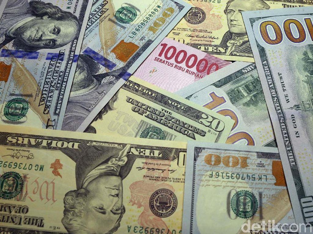 Dolar Nyaris Rp 13.900, Kapan Pelemahan Rupiah Terparah?