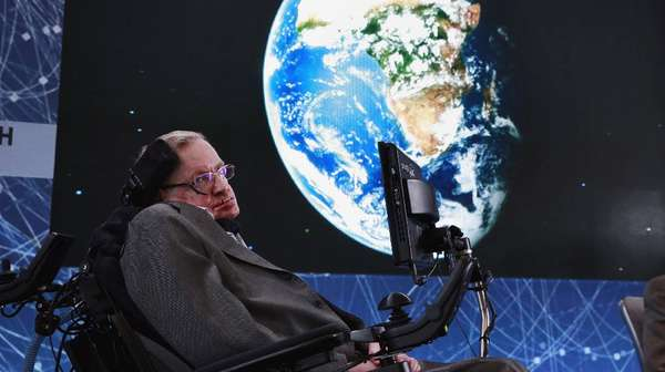 Otot Pipi dan Sistem ACAT, Cara Menakjubkan Stephen Hawking Bicara