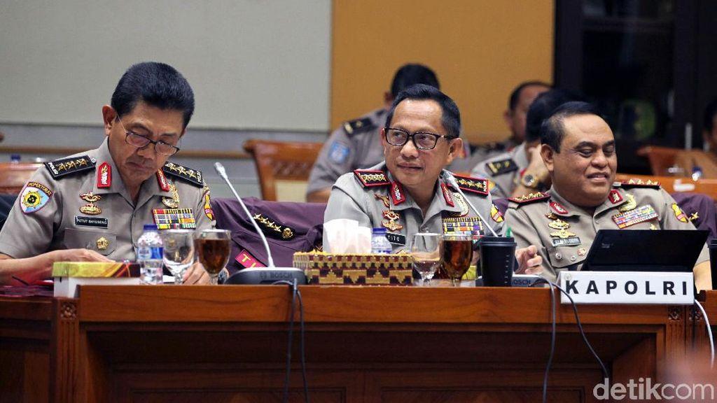 Komisi III Cecar Kapolri Tentang Pengamanan Pilkada Serentak