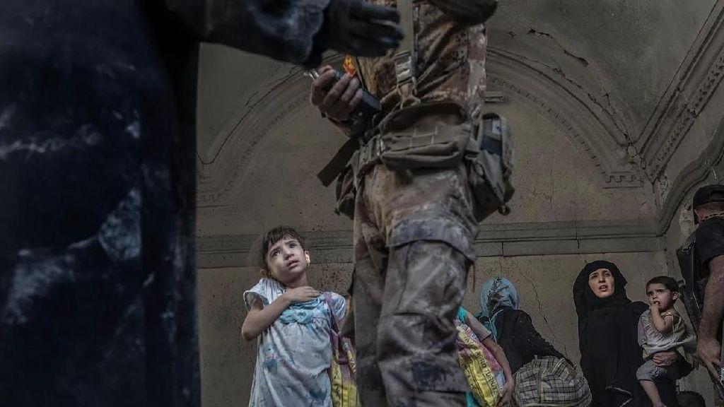 Karya Jawara Kontes Foto Jurnalistik yang Memilukan Hati