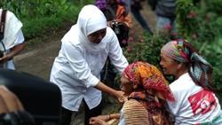 Khofifah Janji Bangun SMK Pariwisata di Sukapura Jika Terpilih