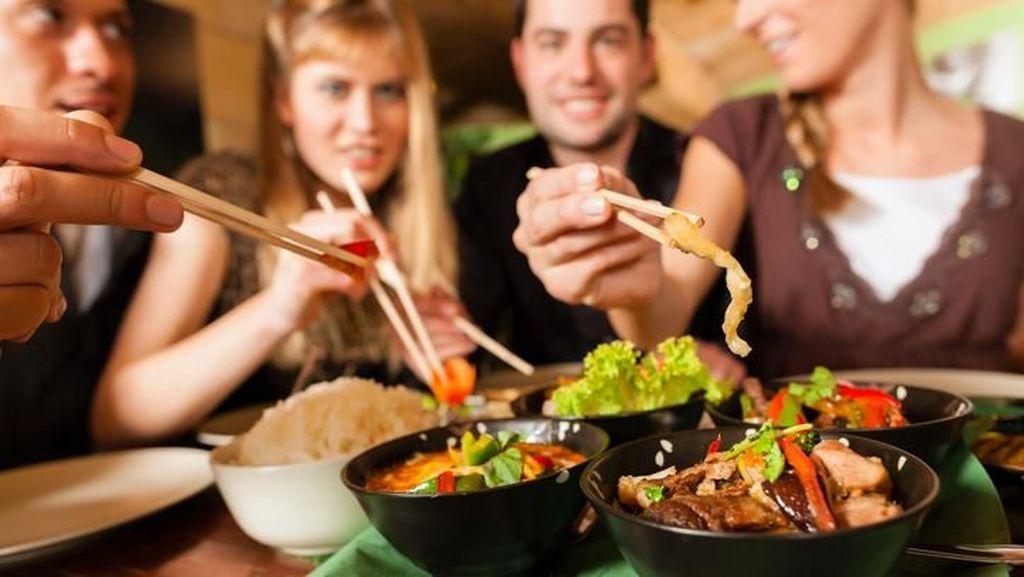 China Hanya Perbolehkan 10 Tamu Asing di Resto Beijing, Kenapa?