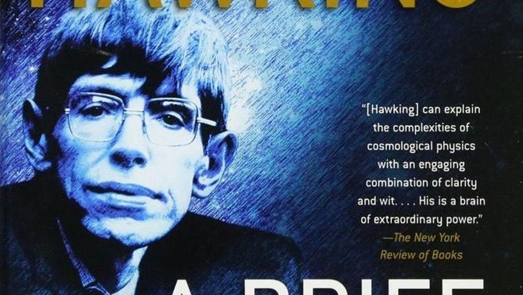 Mengenang Stephen Hawking Lewat Tiga Buku Karangannya