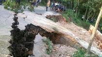 Jalan Desa di Blora Putus diterjang Arus Sungai Bengawan Solo