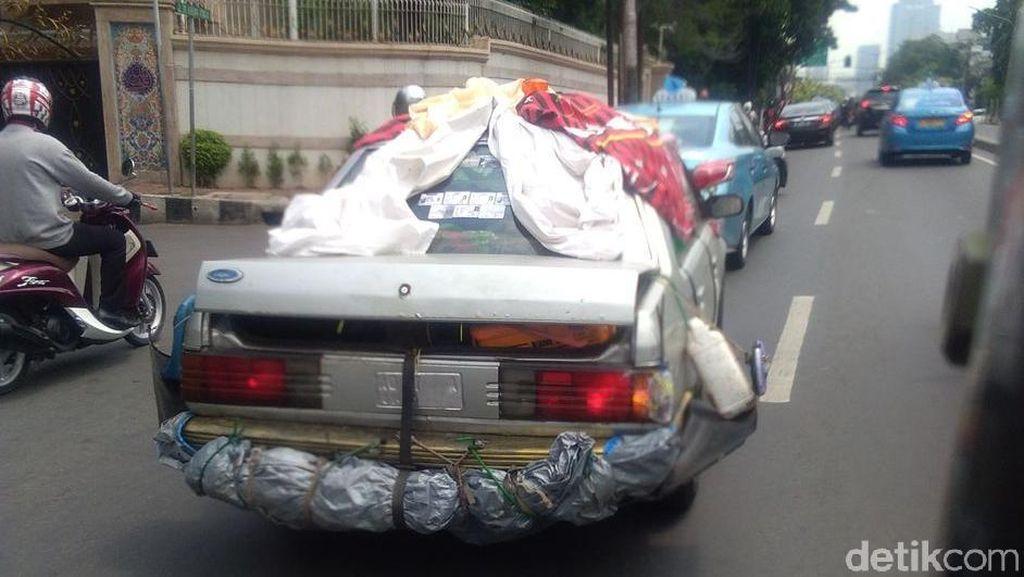 Mobil Unik Antimainstrem di Jalanan Jakarta