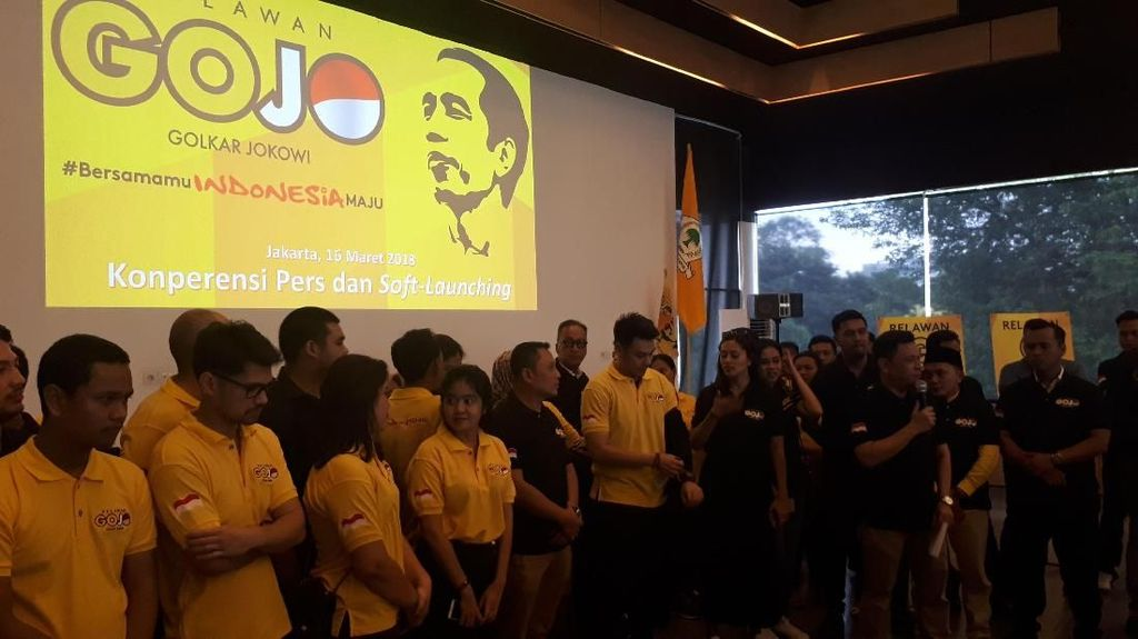 Gojo Cara Golkar Jualan Jokowi