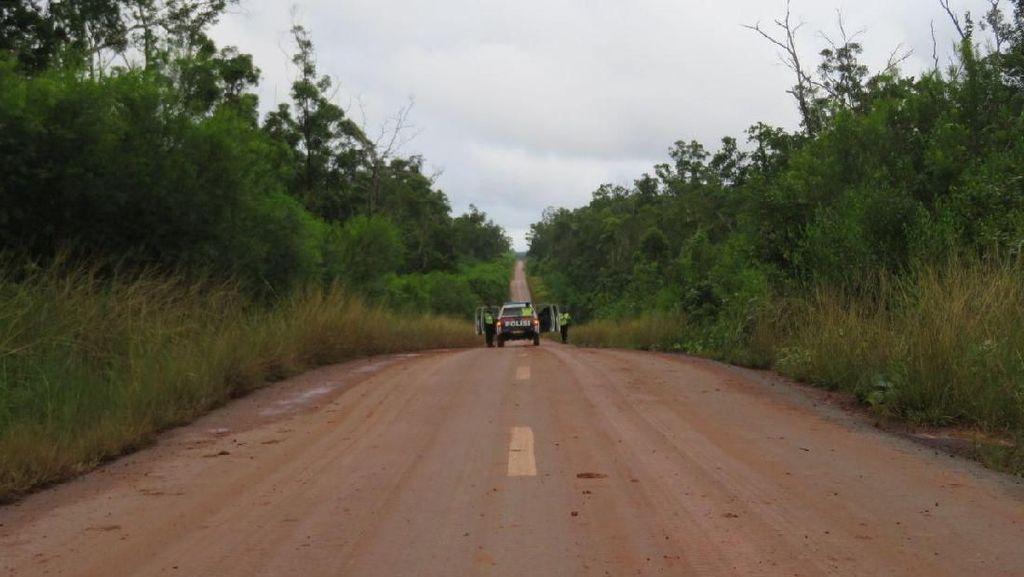 Basuki Ancam Putus Kontrak Kontraktor Jalan Trans Papua