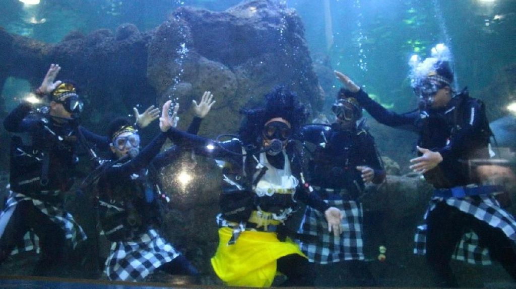 Liburan Nyepi, Yuk Nonton Angkara Laut di Ancol