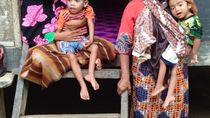 Pilu Ibu di Aceh, Sebatang Kara Rawat 2 Anak Lumpuh dari Lahir