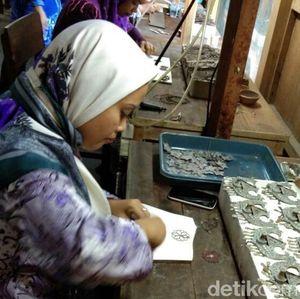 Tembus Pasar Asia, Kerajinan Perak Rumahan Demak Jajal Eropa